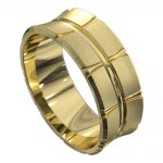 Centre Groove Yellow Gold Mens Wedding Ring